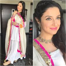 Bollywood Actress Suit Design How To Wear White Colour From Head To Toe Like Bollywood