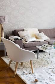 7 awesome rugs for hardwood floors in living room