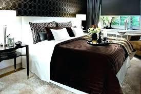 gray and brown bedroom – momentomagico.co