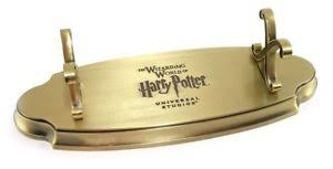 Harry Potter Wand Display Stand Wizarding World Of Harry Potter Metal Single Wand Display Stand 24