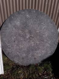 ing a nice solid heavy granite round 54 inch table top 2 in thick good condition asking 130 delivered or best