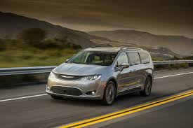 2018 chrysler pacifica hybrid. plain chrysler 2018 chrysler pacifica for chrysler pacifica hybrid