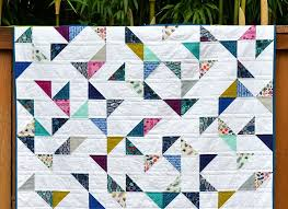Lagoon HST Quilt (with tutorial) | Tutorials, Box and Half square ... & I have been meaning to write up a tutorial for this quilt for a while, Adamdwight.com