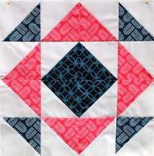 Block 4 | Circle quilts, Half square triangles and Patchwork & Patchwork Adamdwight.com