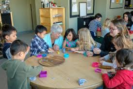 Tips To Choose The Right Child Care Centre For Your Kid
