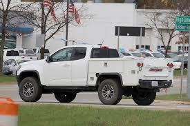 Spy Shots: Chevrolet Colorado ZR2 Utility Truck | Trucks.com