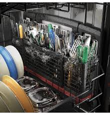 Silverware Dishwasher Ge Puts Their Jets Where The Dirt Is Over 140 Dishwasher Jets
