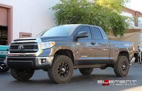 18×9 Black XD Hoss Wheels on 2014 Toyota Tundra w/ Specs | Element ...