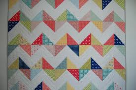 Free Quilt Pattern – Sunny Chevron Quilt – Freedesigns.com & ... Free Quilting Projects, Free Sewing Patterns.  full_131_113637_SunnyChevronQuilt_2 full_186_113637_SunnyChevronQuilt_3 Adamdwight.com