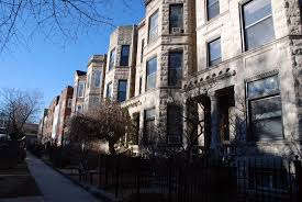A Guide To Renting In Chicago S Lake View Neighborhood Yochicago