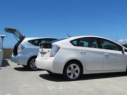 2012 Toyota Prius V & Plug-In: Green Car Reports Best Car To Buy ...