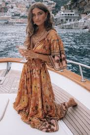 Pin by Isabella Blair on Boho Beauty ❤️ in 2021 | Boho summer outfits,  Hippie outfits, Boho chic outfits