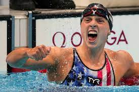 Katie Ledecky blows away the field to ...