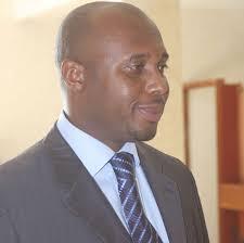 COM- Abdoulaye Diaw est candidat pour la mairie de Mermoz Sacré Cœur. Celui là n'a rien à voir avec le chroniqueur sportif de la Rfm. Abdoulaye Diaw est le ... - barthel%25C3%25A9my-diaz