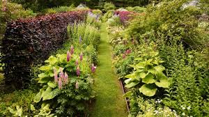 how to plant a flower bed essential