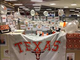sports office decor. Cubicle Chic: Sports Team Decor For Your Office Space W