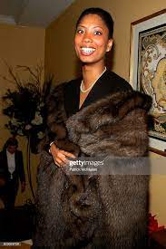 Myra Riggs-Ceusters attends Junior League Golden Tree Holiday... News Photo  - Getty Images