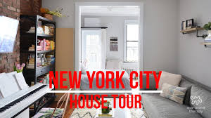 Small Kitchen Apartment Therapy Video House Tour A Super Small Nolita Apartment Apartment Therapy