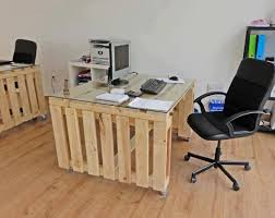 Image Wall Easy Diy Home Office Pallet Furniture Ideas Conversational Receptionists Easy Diy Home Office Pallet Furniture Ideas Conversational