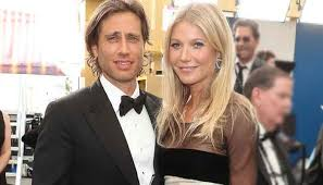 A tall, wafer thin, delicate beauty, gwyneth kate paltrow was born in los angeles, the daughter of noted producer and director bruce paltrow and. Vs8bdcoj79lxim