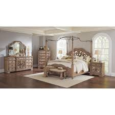 Amazing 4 Poster King Bedroom Set within Key town King Queen Poster ...