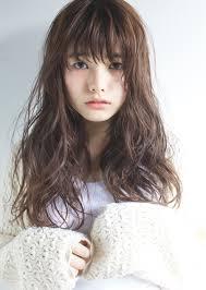 最旬ヘア顔型逆三角形さんに似合う前髪から長さまで髪型紹介