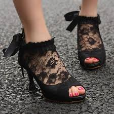 1220 best shoes images on pinterest shoes, shoe and boots Wedding Boots Black 26 gorgeous halloween and gothic wedding shoes weddingomania wedding shoes block heel