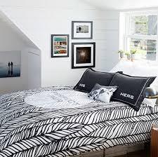 bedroom wall decoration ideas 40 bedroom wall decor ideas to light up the room shutterfly