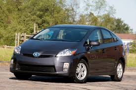 Review: 2010 Toyota Prius Photo Gallery - Autoblog
