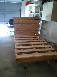 twin size pallet bed