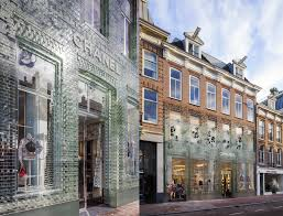 Glass bricks \u201cstronger than concrete\u201d clad Amsterdam\u0027s Crystal ...