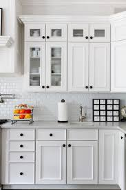 Where To Place Knobs On Kitchen Cabinets