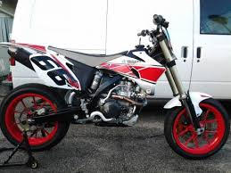 first and only supermoto to race isle of man supermoto