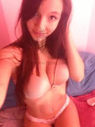 Hot Brunette Teen Gets Naked Masturbation Selfies Photo Album By Breatrizb