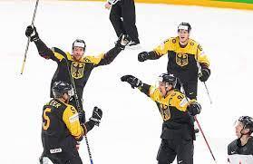 Deutschland versucht mal noch etwas über gerrit fauser. Eishockey Wm Deutschland Feiert Sensations Sieg Gegen Top Nation Kanada Focus Online