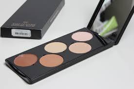 makeup basical studio fix free in het palette vind je 4 varianten van de face it