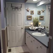Bathroom Decor 1000 Ideas About Decorating Bathrooms On Pinterest Bathroom With