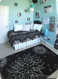 Aqua And Black Bedroom Ideas