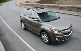 chevrolet equinox reviews and rating motor trend 2012 chevrolet equinox front three quarter motion motor trend