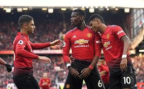 Manchester united boss ole gunnar solskjaer is hoping daniel james will be fit to take on west ham on sunday. Fans Question Referee As Man United Somehow Beat West Ham United 2 1 At Old Trafford Sportal World Sports News