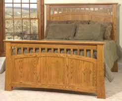 Queen Bed Oak Queen Bed