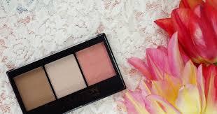 Review: <b>Makeup Revolution Ultra Sculpt</b> and Contour Kit - Ultra Fair ...