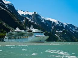 a cruise ship in alaska similar to the one that will cross the northwest page in august mark kelley design pics corbis