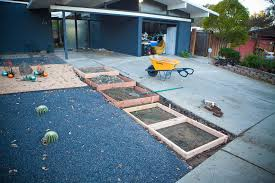 Diy concrete step Ground Swimming Pool Forms For Concrete Steps Destination Eichler How To Make Floating Concrete Steps Mid Century Modern Interior