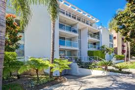 the point condos for in beverly hills california