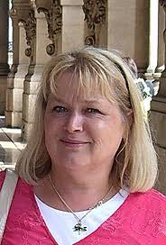 Lena Larsson Lovén. Romerska textiliers ekonomiska och sociala betydelse har fortsatt att engagera Lena Larsson Lovén. Hon har publicerat artiklar kring ... - 1340374_lena-larsson-loven-184px
