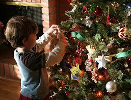 Kidu0027s Room Christmas Tree IdeasChristmas Tree Kids
