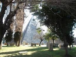Risultati immagini per cimitero protestante di roma