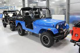 The Mahindra Roxor Is Ready For Off Roading In The Us With Diesel Power And A Clutch Pedal Off Road Com Blog Offroad Truck Yeah Jeep Cars
