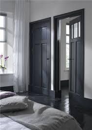 porte noire mariekke1 dark doors grey doors internal doors black floor